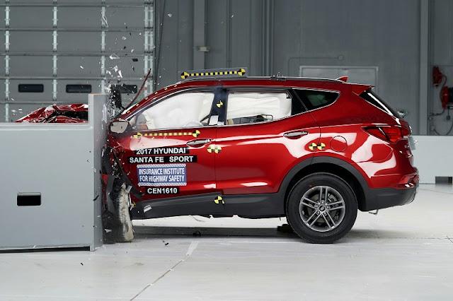 Đánh giá Hyundai SantaFe 2018 ảnh 15