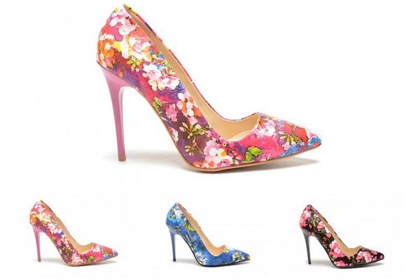 pantofi cu flori eleganti