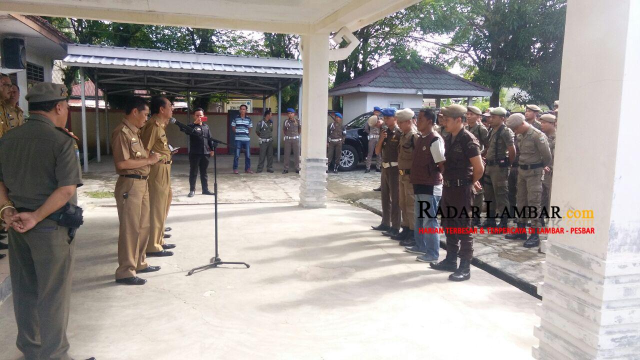 300 Anggota Satpol PP Tuntut Hak ke Pemkab