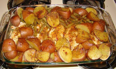 BAKED CHICKEN WITH GREEN BEANS AND POTATOES