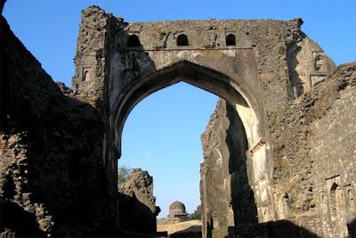 Tarapur Gate