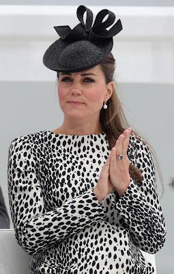 Prince William's Wife, Kate Delivers The Future King