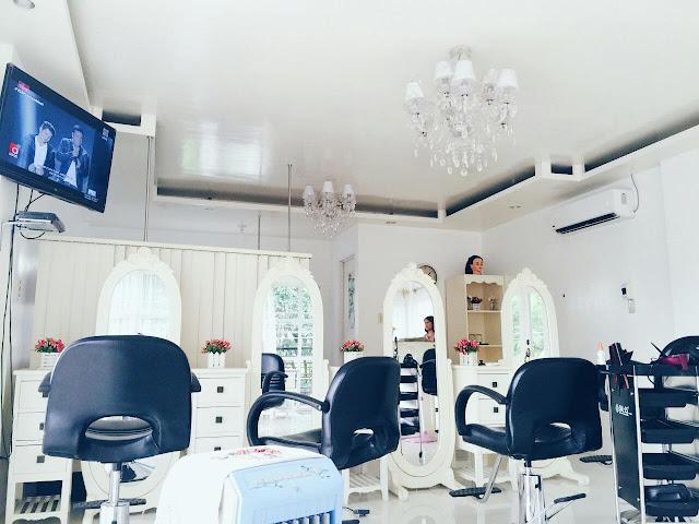 Sally House of Beauty interior