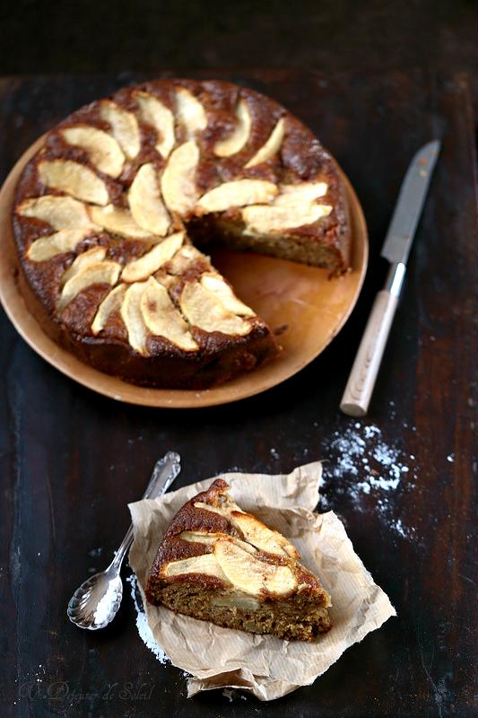 Vingt recettes de gâteaux et tartes aux pommes. Torta di mele