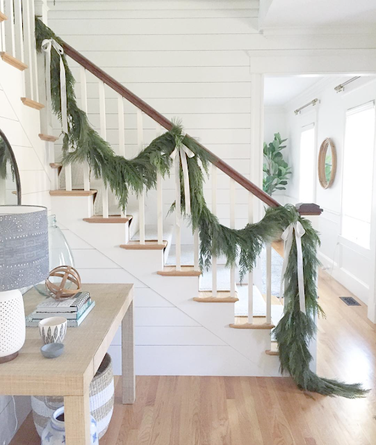View From My Heels: Staircase Garland