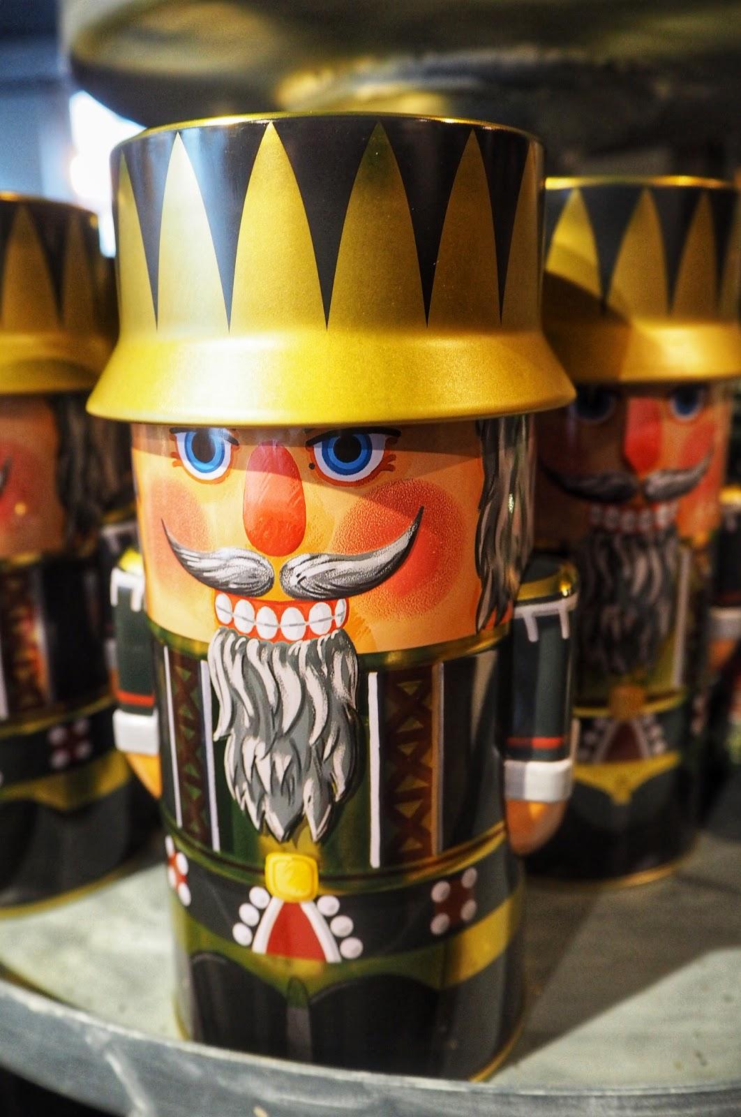 Tin soldier Christmas gift in Robbies Den Bosch