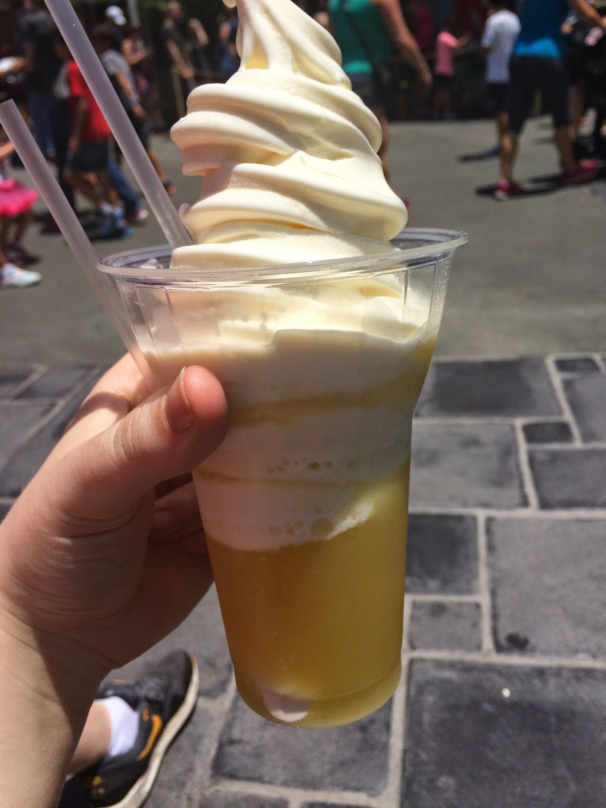 dole-whip-float