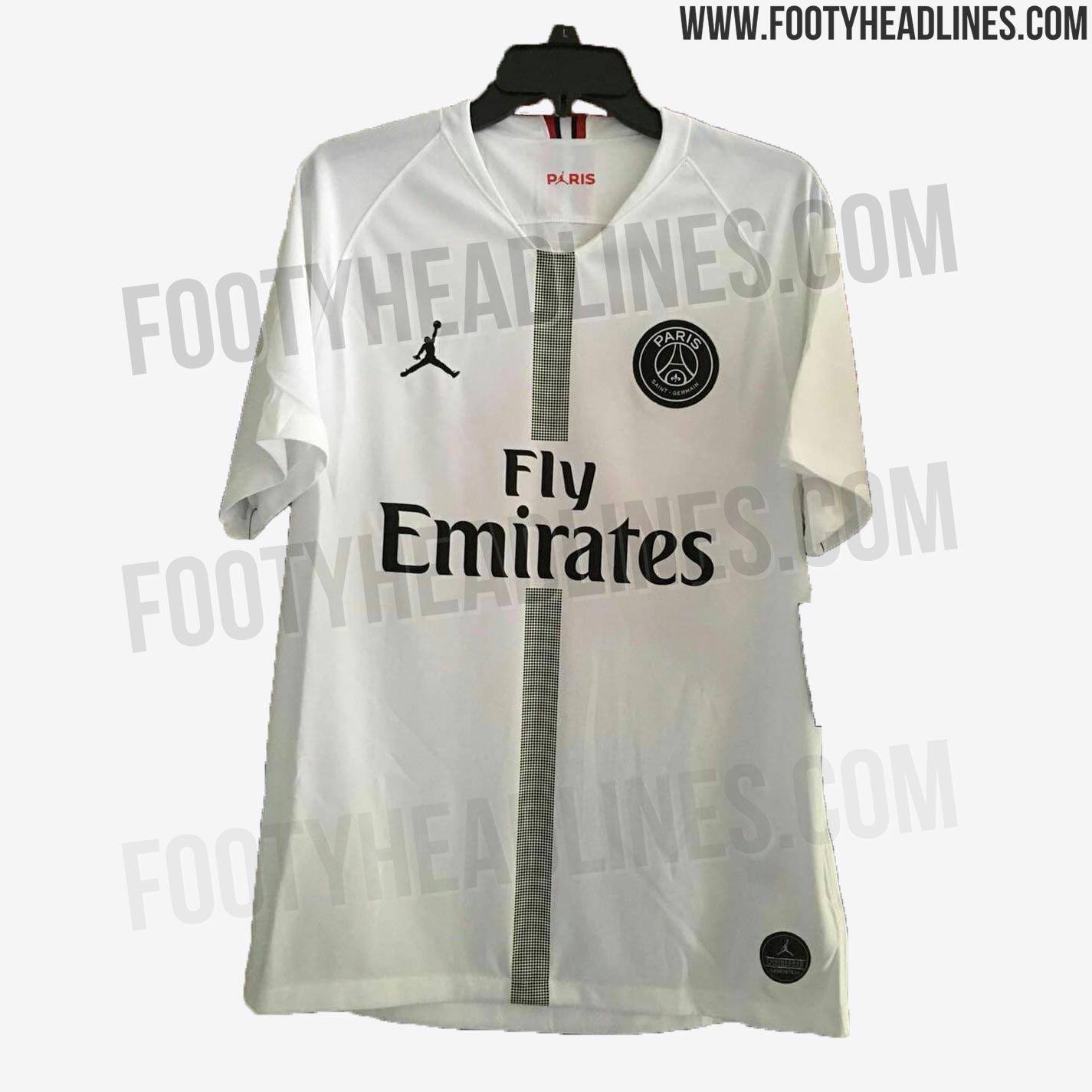 c1f70297951 The PSG Jordan player jersey is predominantly white with a dotted center  stripe running down on the front in black. The club crest is featured in a  ...