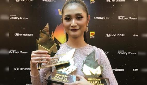 3 Momen Teruk Dan Terkesan Dalam Anugerah Melodi 2016!! Lihat KESALAHAN No 2 Sangat Memalukan!!!