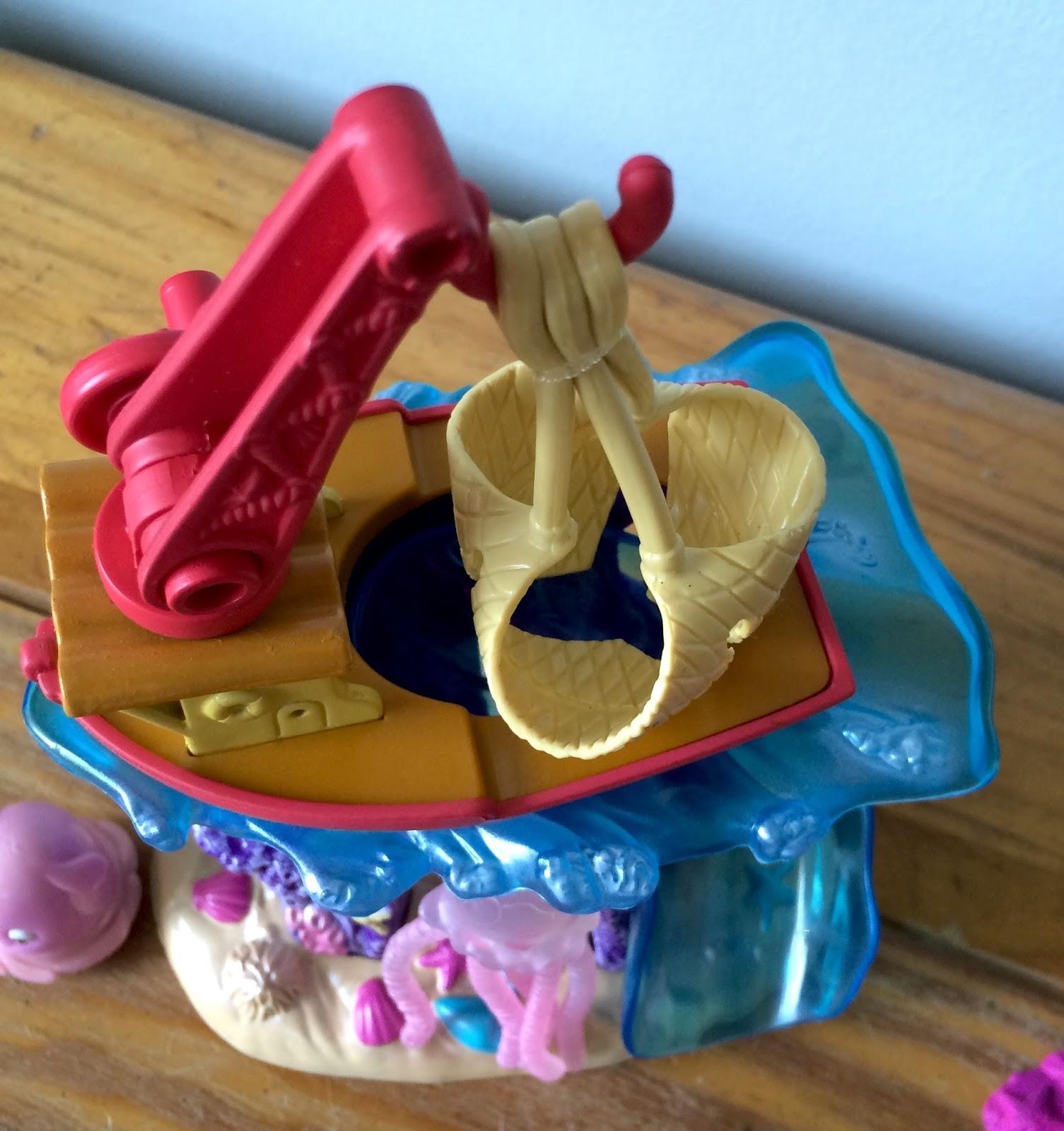 Finding Nemo Toys : Dan the pixar fan finding nemo hasbro fishing boat