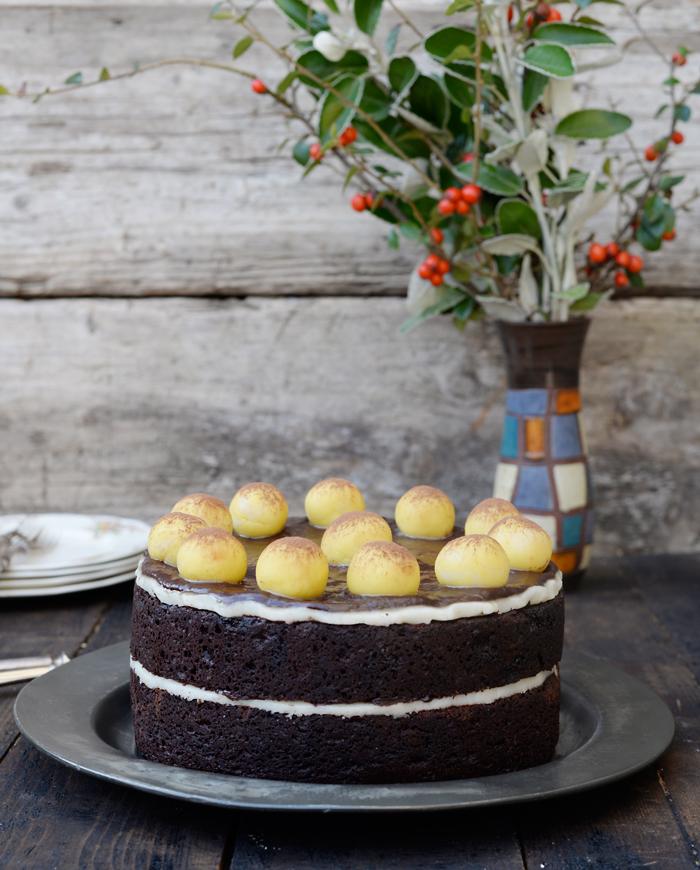 Lemon Vanilla Chocolate Simnel Cake Bolo Simnel De