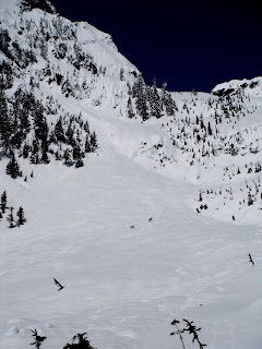 Alpental backcountry snowshoeing
