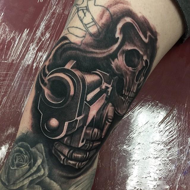 skeleton gun tattoo tattoo geek ideas for best tattoos. Black Bedroom Furniture Sets. Home Design Ideas