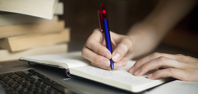 5 Easy Ways to Master the Art of Dissertation Writing
