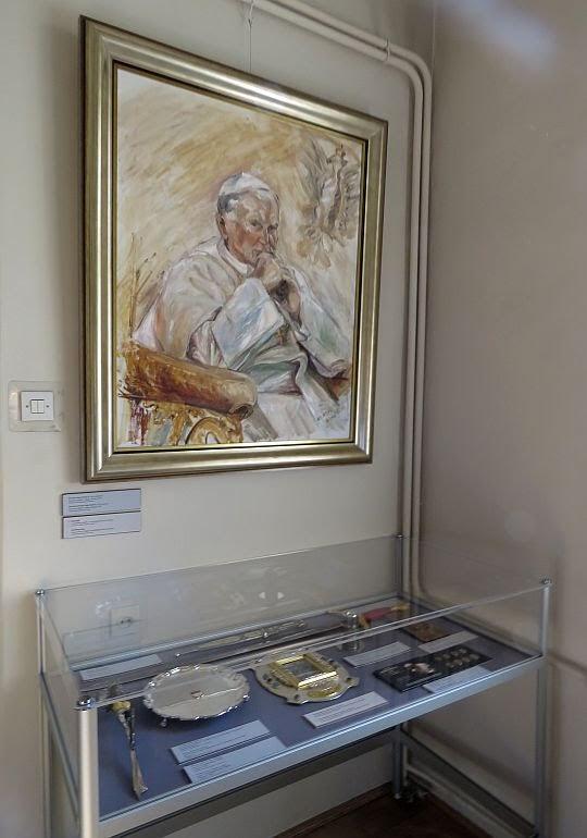Portret Jana Pawła II (olej na płótnie, Krystyna Sokół-Gajda, Polska, 1997 r.).