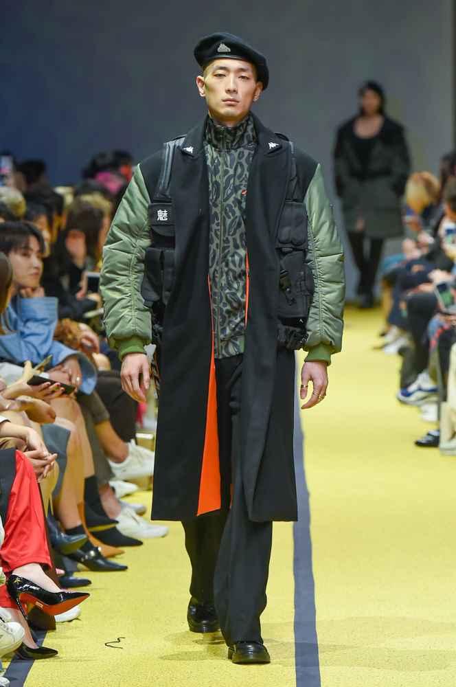 Charms Fall Winter 2018 Seoul Fashion Week Male