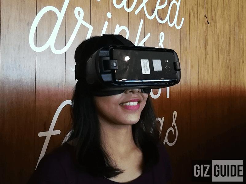 Galaxy Gear VR w/ controller (2017)
