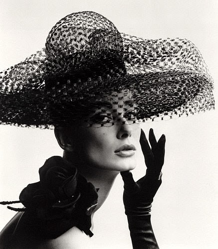 black-and-white-vintage-glamour