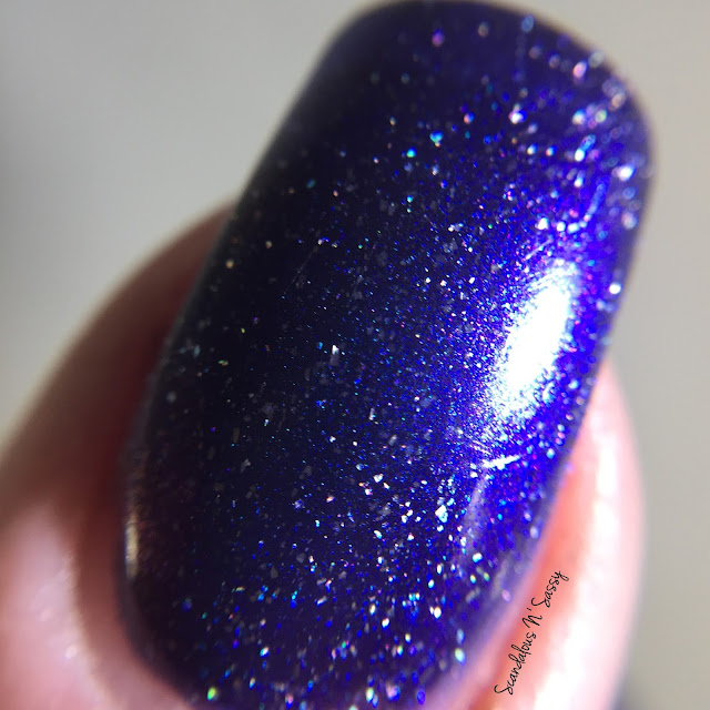 Anonymous Lacquer Third Eye Colour of Magik Collection Out & About macro