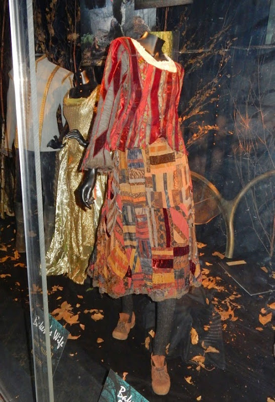 Emily Blunt Bakers Wife Into the Woods movie costume
