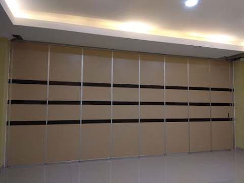 Stylish Sliding Partition for Restaurant