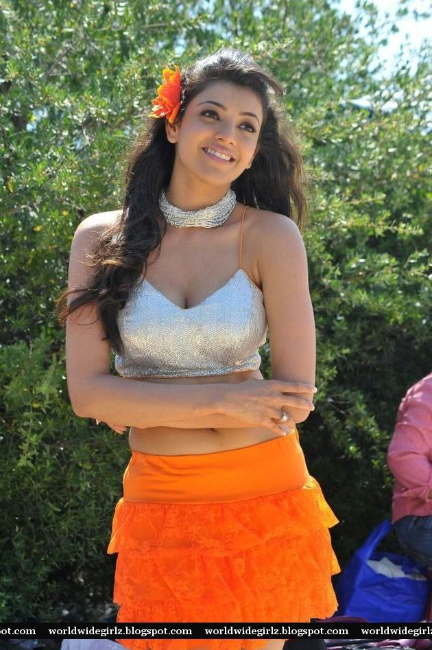 World Wide Girlz Hot Actress Kajal Agarwal Exposing Her