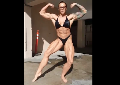 Video female  bodybuilder, Post workout lunch for trying to get super muscular body