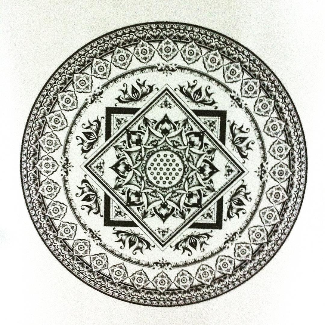 12-Eeling-Wong-Mandala-Drawings-Examples-of-Symmetry-and-Precision-www-designstack-co