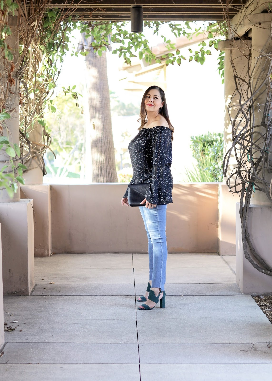 How to wear a block heeled sandal, banana republic block heel, banana republic blogger