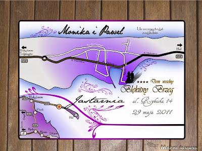 Mapka na wesele w odcieniach fioletu.