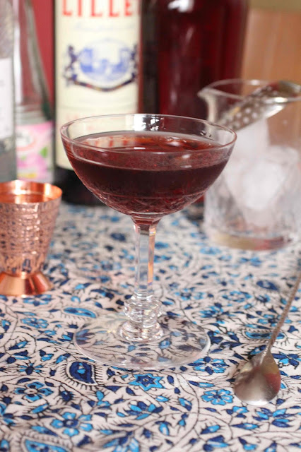 cocktail gin aux prunelles et eau de rose