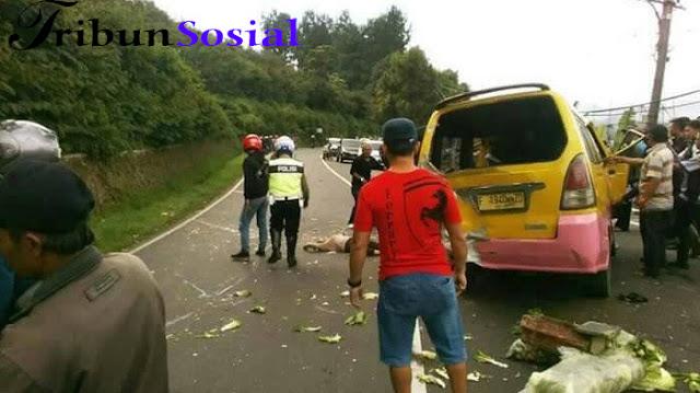Foto-foto Kecelakaan di Jalur Puncak, Bus dan Mobil Terperosok ke Jurang