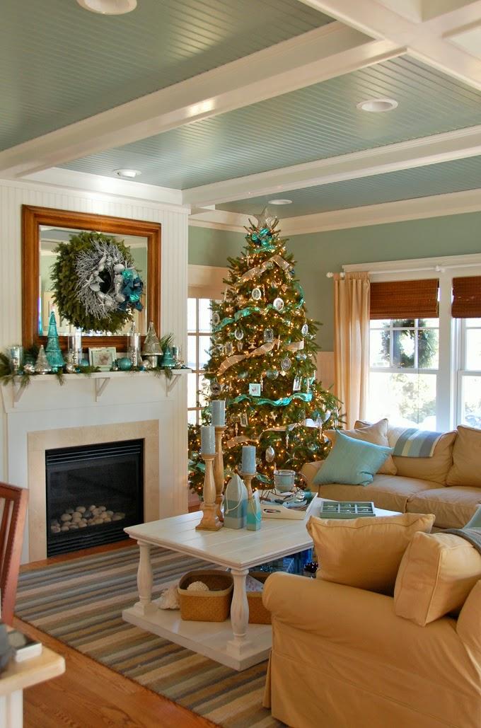 House Of Turquoise Coastal Christmas
