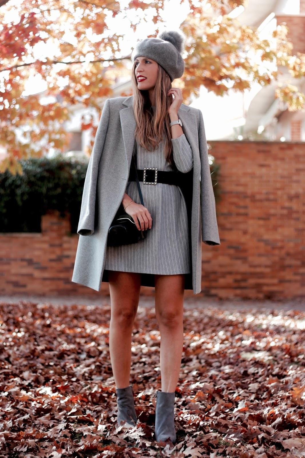 como llevar un total look en gris
