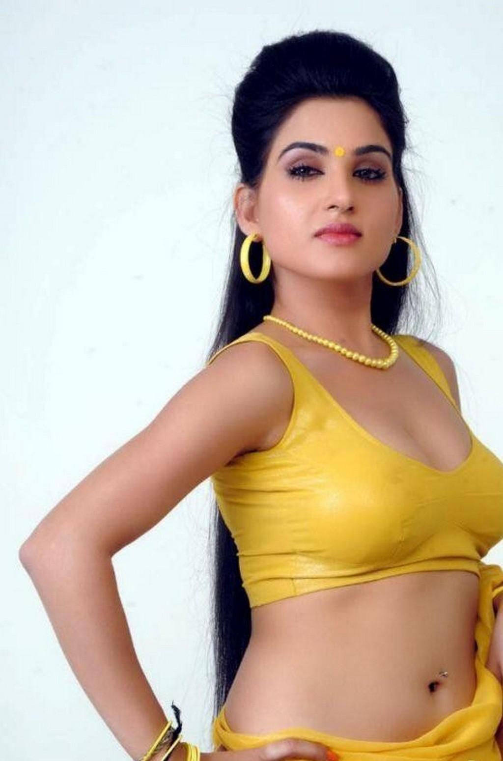Hot serial actress nude