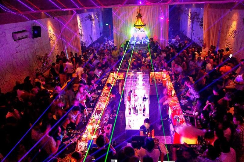 pyramid club bali villa legian
