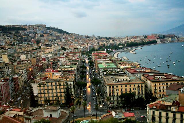 città, metropoli, palazzi, strade, traffico, auto, mare, porto, cielo