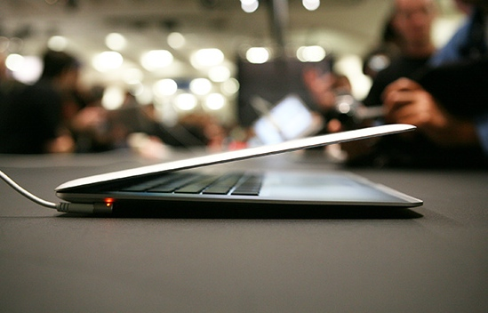 Apple MacBooks Can Be Hacked Through The Battery