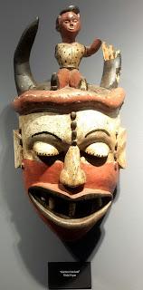 güldürü maskesi