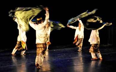 5 Tarian Tradisional Riau | R.Utama Berkarya