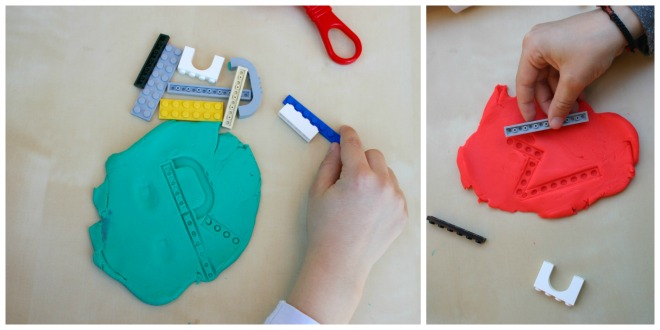 practicar habilidades pre-escritura y lectoescritura con plastilina formar letras con lego