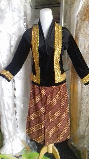 Sewa Baju Adat Sunda Anak Perempuan Di Bekasi