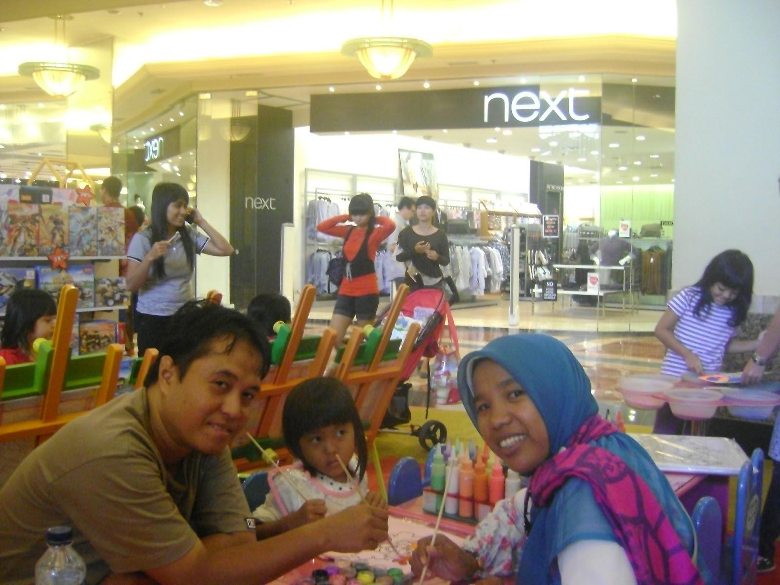 Serunya Mewarnai Baju Sendiri Di Mall Taman Anggrek Jakarta
