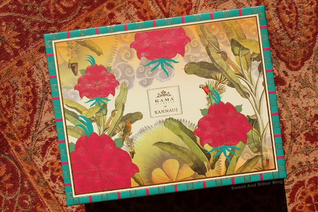 Detailing on the Kama Ayurveda Kannauj Gift Box