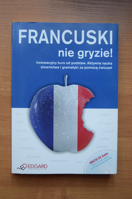 """Recenzje #10 """"Francuski nie gryzie"""" + konkurs - nagłówek - Francuski przy kawie"""