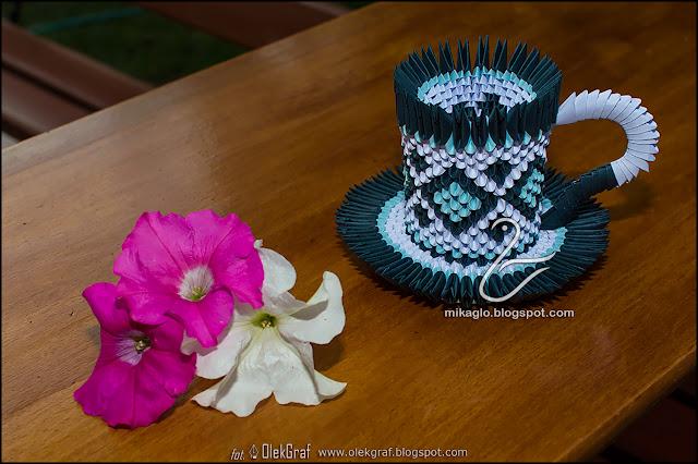 470. Filiżanka z origami 3d w niebieskich odcieniach / 3d origami blue cup
