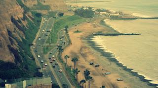 Vista da Costa de Miraflores, em Lima