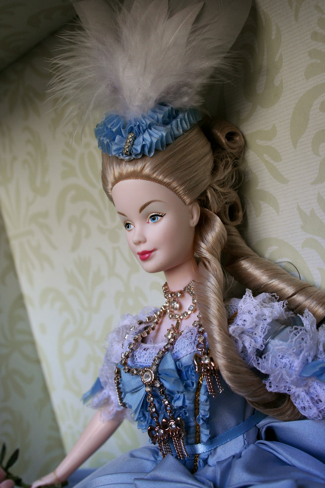 barbie collector passion  marie antoinette