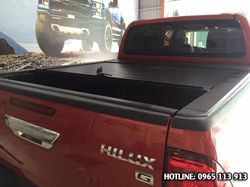 Toyota Hilux Revo thùng xe