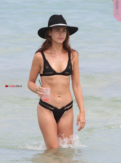 Victoria-Edwards-Hot-in-a-Bikini-in-Miami-Beach-07+%7E+SexyCelebs.in+Exclusive.jpg
